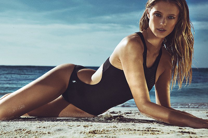 news_Richard Ramos_Woman Kate Bock 5
